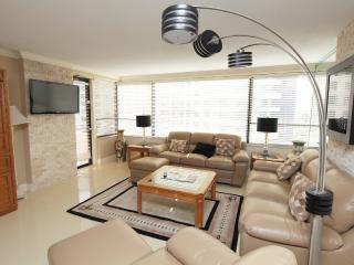 Miami Beach 819 Updated and Luxurious 2 Bedroom - Miami Beach vacation rentals
