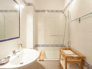 SANTA CRUZ I - Seville vacation rentals