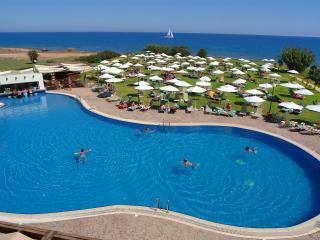 Seaside apart w/hotel facility - Protaras vacation rentals