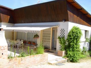 Champ Morin - Montbard vacation rentals