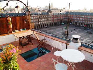 Views Historic, A/C+Balcony! - Madrid vacation rentals