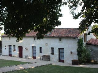 Farmer's Cottage - Bouille-Loretz vacation rentals