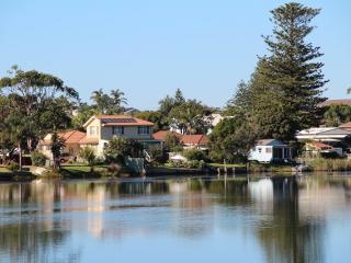 Narrabeen Lakefront Penninsula - Narrabeen vacation rentals