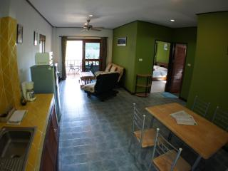 Miss Green 2 bedroom apartment 5 mins from Chaweng - Chaweng vacation rentals