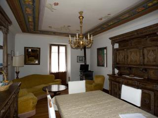 Ancient stone house in the Monterosa Valley - Piverone vacation rentals