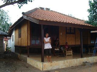 Villa ASIYAH, Pandanan - Desa Sekotong Barat vacation rentals