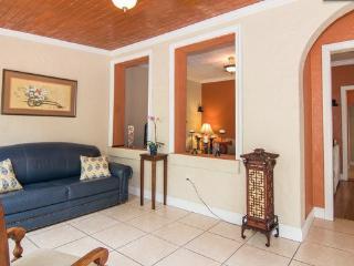 SERENE & BEAUTIFUL RETREATS @ HEART OF CORAL GABLES - Miami vacation rentals