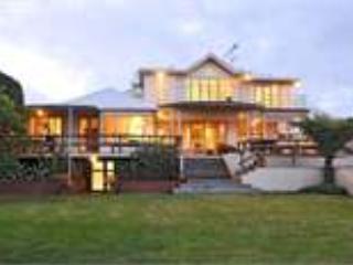 "Hamana House - ""Hamana House"" - Devonport - rentals"