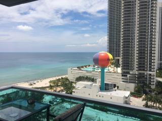 Hollywood beach 2/2  Amazing Ocean view! - Hollywood vacation rentals
