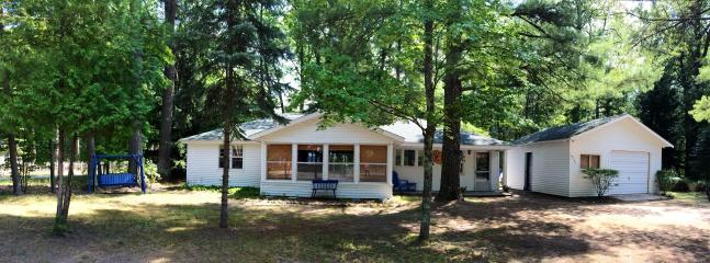 Cottage front from the road - Torch Lake Michigan, Crystal Beach Rd, Sand Bar - Rapid City - rentals