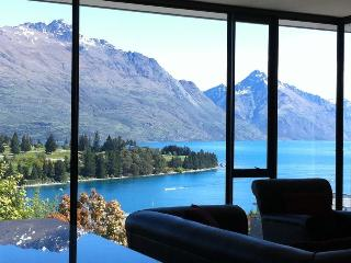 PANORAMA PRIME Prime views,location and amenities - Queenstown vacation rentals