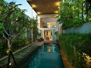 Hu'u Villas - Two Bedroom Villas - Bali vacation rentals