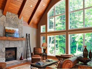 MUSKOKAN CLUB RESORT -  YEAR-ROUND LUXURY - Port Carling vacation rentals