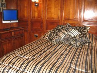 Jasmine Coral Jay - Gibraltar vacation rentals