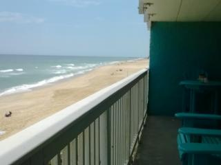 The Paisley Marlin: Nags Head OBX Oceanfront Condo - Point Harbor vacation rentals