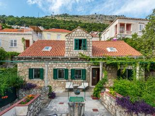 Emma's cottage-Apartment near Dubrovnik City Walls - Southern Dalmatia vacation rentals