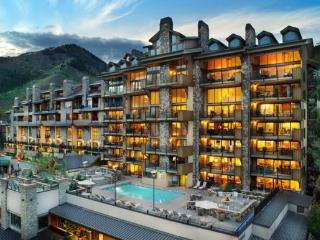 4 bedroom premium condo steps from the slopes and children`s ski school - Vail vacation rentals