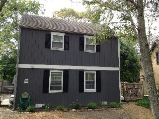 Charming 3br Getaway in Oak Bluffs - Oak Bluffs vacation rentals