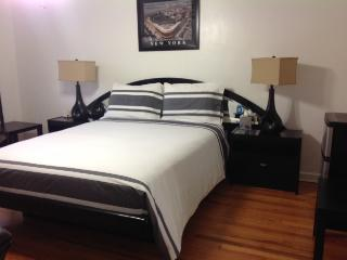 Hidden Gem in Brooklyn - Bedroom Suite / Comfort, Spacious and Cozy - Brooklyn vacation rentals