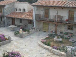 Tipical house in Arribes del Duero National Park - Castilla Leon vacation rentals