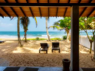 Casananda-2 bedroom beach-house air-con free wifi - Bentota vacation rentals