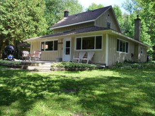 Red Bay Getaway - Bruce Peninsula vacation rentals
