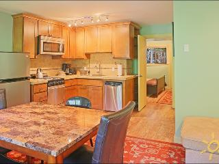Crystal Mountain Resort Condo - Walk to the Slopes - Greenwater vacation rentals