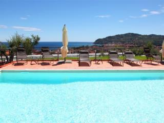 Villa il Poggiolo - ViP Suite apartment - Pool - Liguria vacation rentals