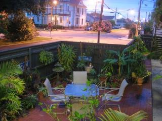 Uptown Garden District Vacation Condo Rental - New Orleans vacation rentals