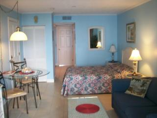Oct 28-Nov 10: $249 wk, $39 per nite w/ 4 nite min - Myrtle Beach vacation rentals