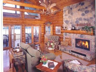 Grandview Lakeside Log Lodge - Wisconsin vacation rentals