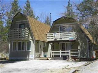 Big Bear / Moonridge Cabin Jacuzzi - ski internet - Big Bear and Inland Empire vacation rentals
