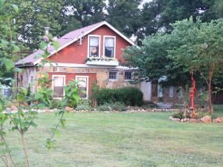 The Cottage at Ozark Highlands in SW near Joplin - Ironton vacation rentals