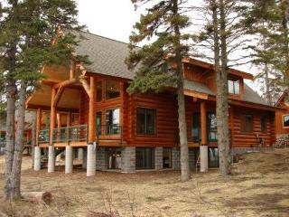 Brand New Luxury Lake Superior Log Home! - Lutsen vacation rentals