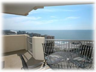 Beautiful Penthouse Level Royale Palms Condoin Myrtle Beach - Myrtle Beach vacation rentals