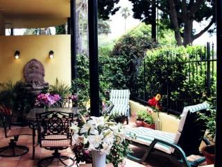 Santa Barbara Beach Getaway - 2 blocks to beach - Santa Barbara vacation rentals
