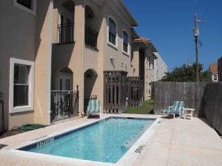 wonderful condo- 3/4 block the beach-sleeps 8-pool - Port Isabel vacation rentals