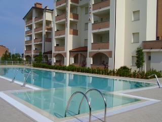 New Residence 4* at the Adria Coast-Emilia Romagna - Lido delle Nazioni vacation rentals