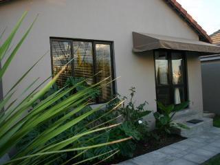 Stylish Furnished Cottage In Dainfern Golf Estate - Sandton vacation rentals