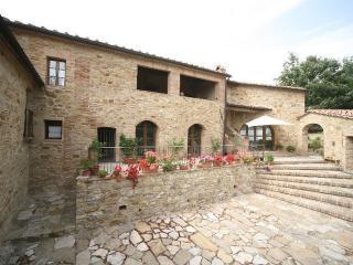 Agriturismo Podere Costarella - Radicondoli vacation rentals