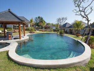 Clean and simple bungalows by Surf Beach - Pecatu vacation rentals