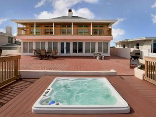 May/June Home $pecial-Vacation Jacuzzi Home #2721 - Daytona Beach vacation rentals