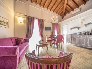 LADY CAPULET - The Duchess Apartment - Marmirolo vacation rentals