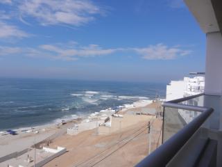 OCEANFRONT APARTMENT RENTAL IN CABALLEROS BEACH - Peru vacation rentals