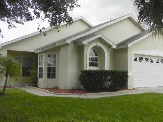 Wonderful/well Equipped House(8 Mins.from Disney!) - Kissimmee vacation rentals