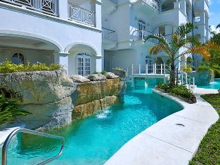 Old Trees 4 - Caprice SPECIAL OFFER: Barbados Villa 186 The Grounds Lead Directly On To The Golden Sands Of Paynes Bay Beach, Wh - World vacation rentals