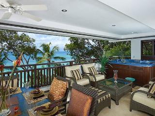 Coral Cove Villa 12 SPECIAL OFFER: Barbados Villa 196 Close To The Sandy Lane Hotel And Golf Club. - Paynes Bay vacation rentals