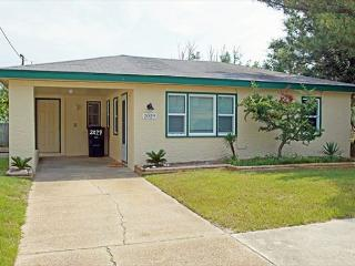 KD2029- WEST SIDE STORY - Corolla vacation rentals