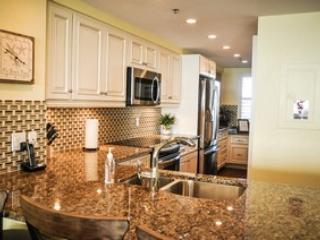 Kitchen - Somerset 303 - Great Location, Beachfront Condo! - Marco Island - rentals