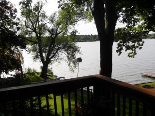 Cozy Coach House - Wonder Lake vacation rentals